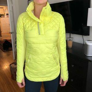 Lululemon puffer run top sz 6 neon yellow